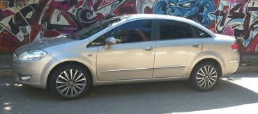Vendo urgente Fiat Linea Absolute 2011 1.8 Full