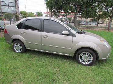 FORD FIESTA MAX 1.4 TDCI EDGE PLUS FULL FULL AÑO 2007